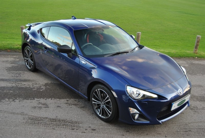 used Toyota GT86 D-4S - CARBON PACK in west-sussex-surrey