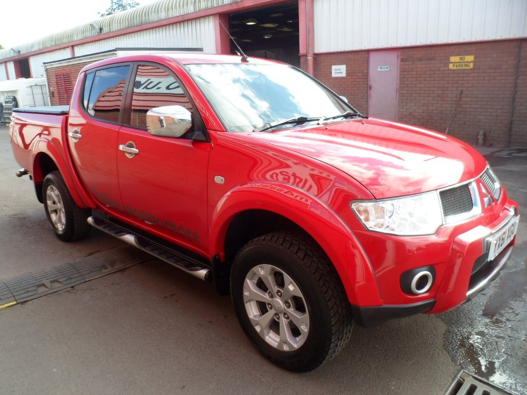 used red mitsubishi l200 for sale wiltshire. Black Bedroom Furniture Sets. Home Design Ideas