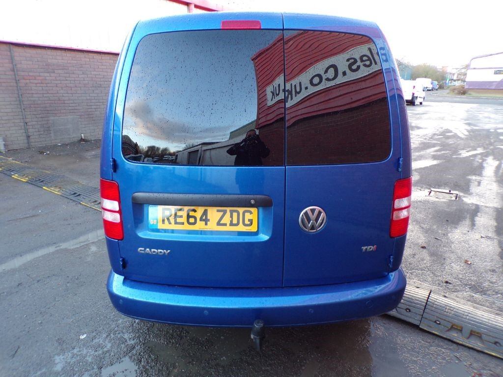 used blue vw caddy maxi for sale wiltshire. Black Bedroom Furniture Sets. Home Design Ideas
