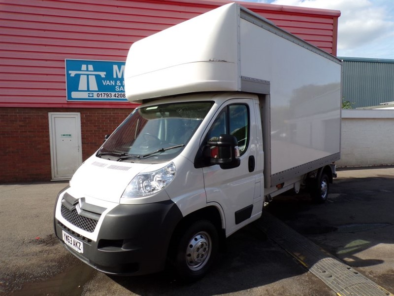 used Citroen Relay 35 L3 130PS LUTON HDI in wiltshire