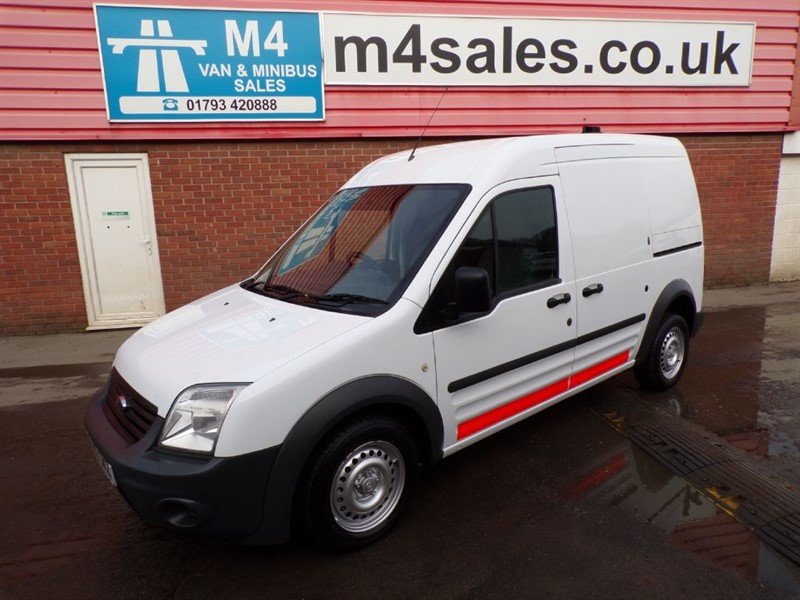 used Ford Transit Connect LWB L230 90PS A/C in wiltshire