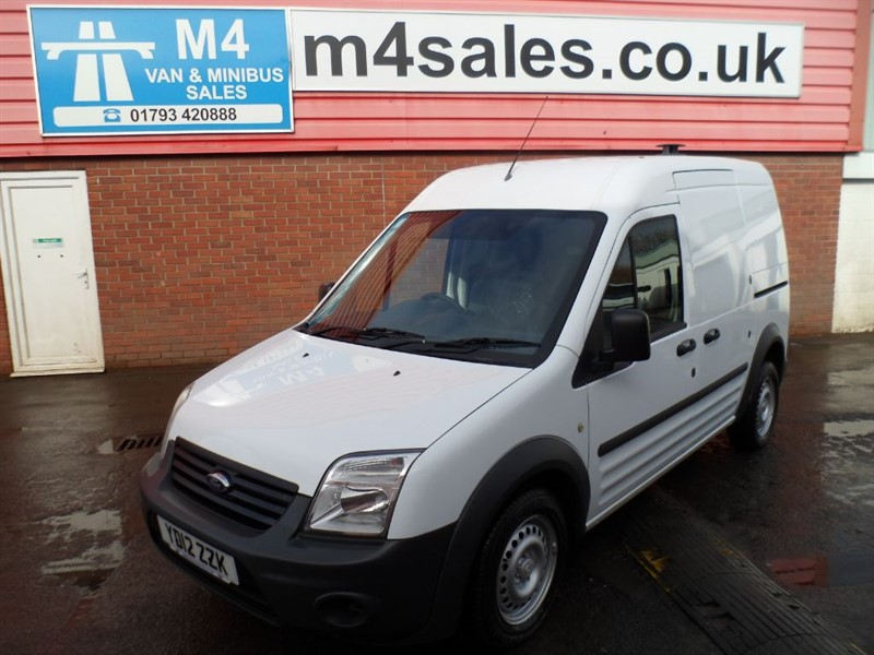 used Ford Transit Connect HIGH ROOF 1.8 T230 WITH A/C in wiltshire