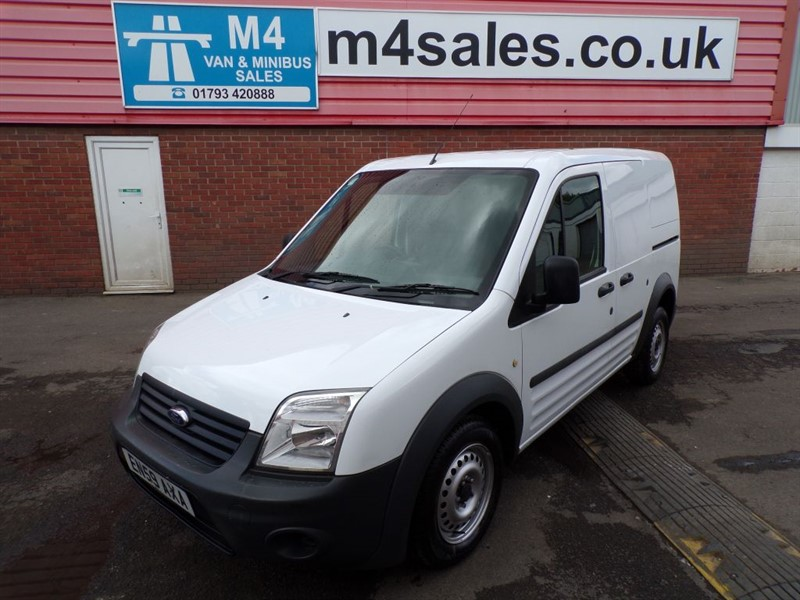 used Ford Transit Connect T200 LR SWB 75PS in wiltshire