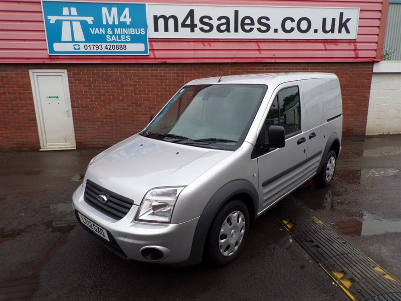 used Ford Transit Connect T200 L/R SWB 90PS A/C in wiltshire