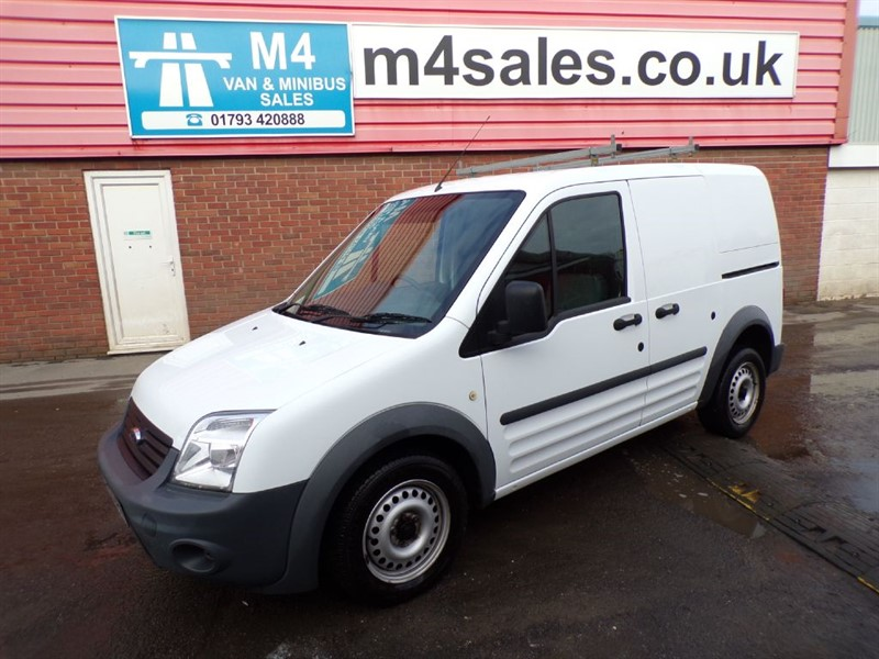 used Ford Transit Connect T200 L/R SWB 75PS in wiltshire