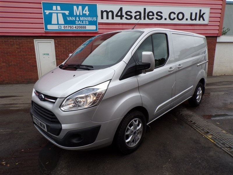 used Ford Transit Custom 290 LIMITED LR SWB A/C  in wiltshire