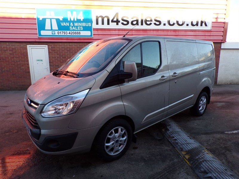 used Ford Transit Custom 290 LIMITED SWB 125PS WITH A/C in wiltshire