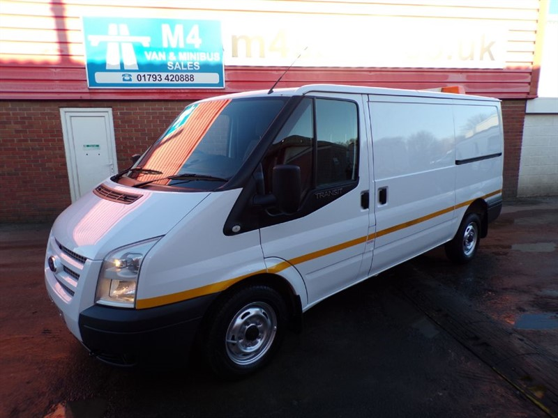 used Ford Transit 280 TREND MWB 125PS A/C in wiltshire