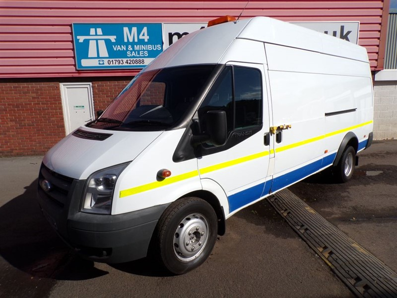 used Ford Transit 460 H/R LWB JUMBO 140PS WITH COMPRESS0R in wiltshire
