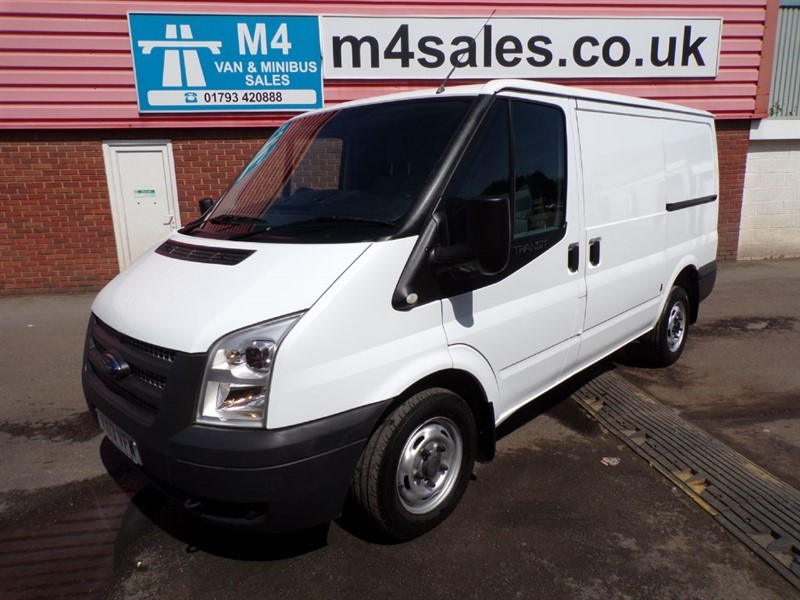 used Ford Transit 260 LOW ROOF SWB FWD 100PS in wiltshire