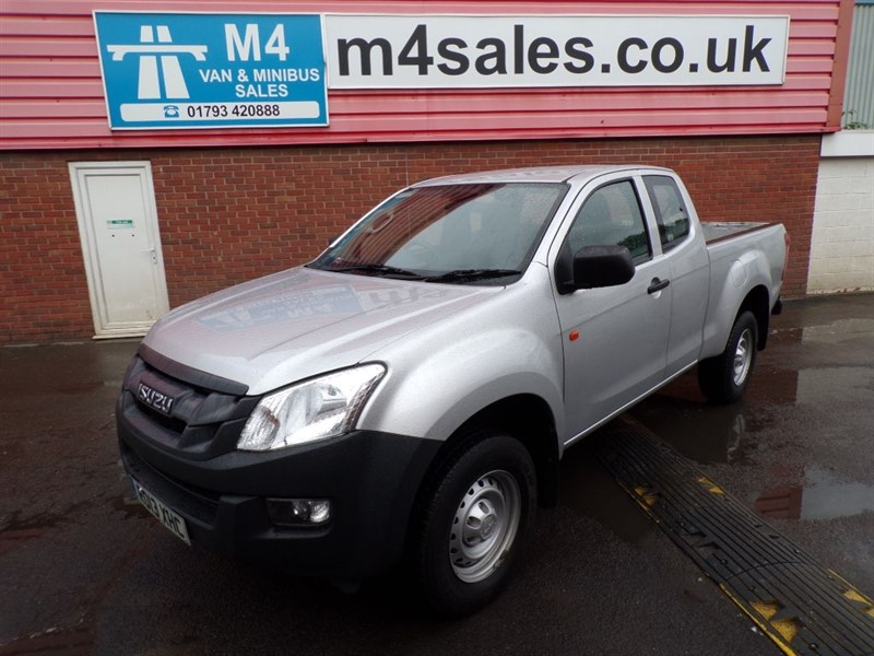 used Isuzu D-Max 4X4 KING CAB INTERCOOLER WITH A/C in wiltshire