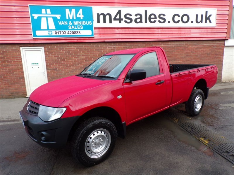 used Mitsubishi L200 DI-D 4X4 4WORK S/C LWB 134PS in wiltshire
