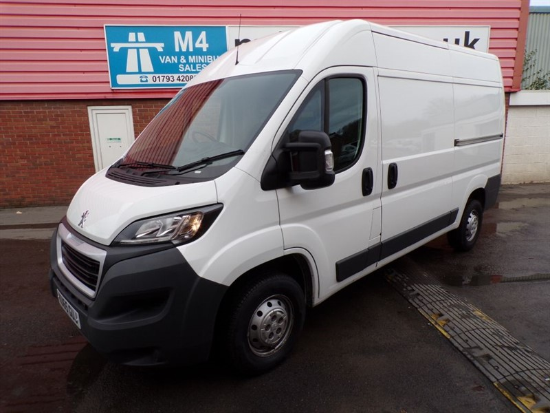 used Peugeot Boxer HDI 335 L2 H2 PROFESSIONAL A/C MWB *NO VAT* in wiltshire
