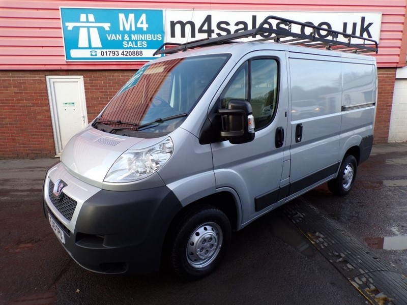 used Peugeot Boxer HDI 330 L1 H1 PROFESSIONAL 110PS WITH A/C in wiltshire
