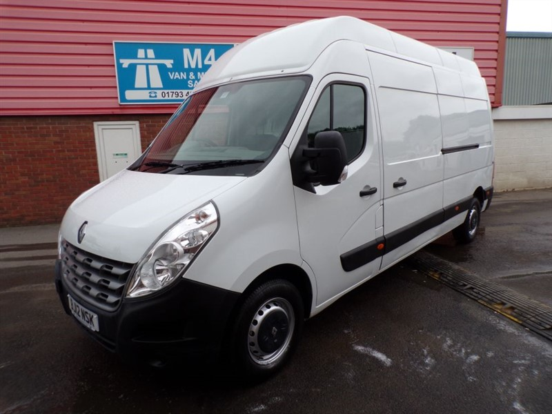 used Renault Master FWD 3.5T WITH A/C LONG/HIGH  in wiltshire