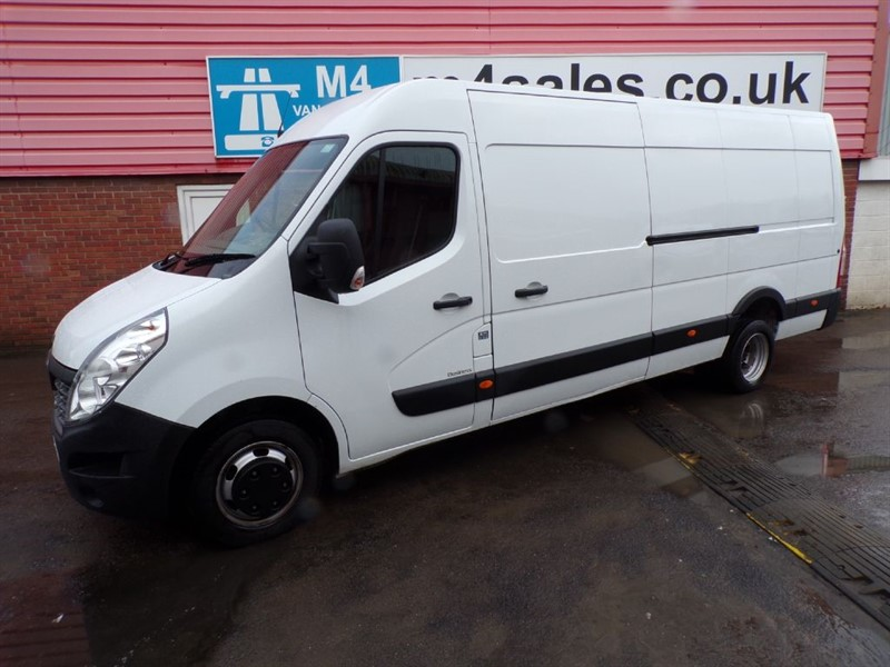 used Renault Master LML35 EX LWB 125PS  in wiltshire