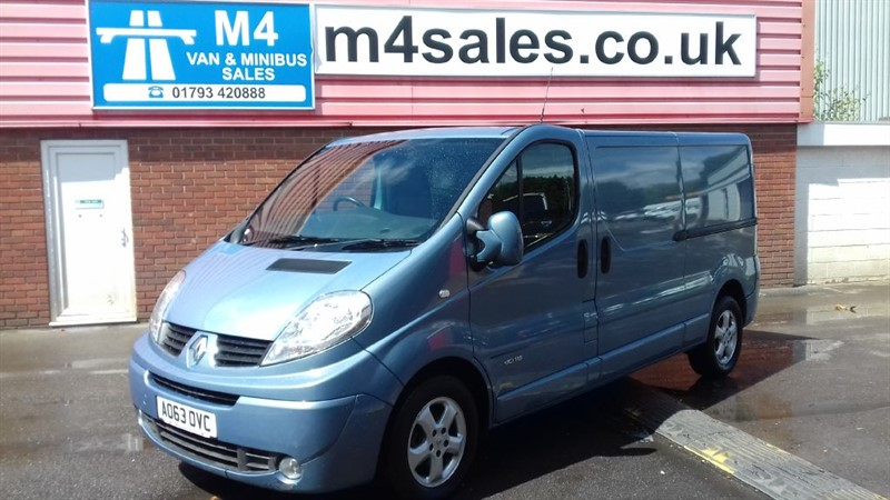 used Renault Trafic LL29 SPORT DCI L/R SWB A/C 115PS in wiltshire