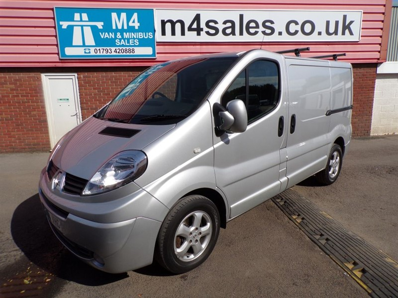 used Renault Trafic SL27 SPORT DCI L/R SWB 155PS A/C in wiltshire