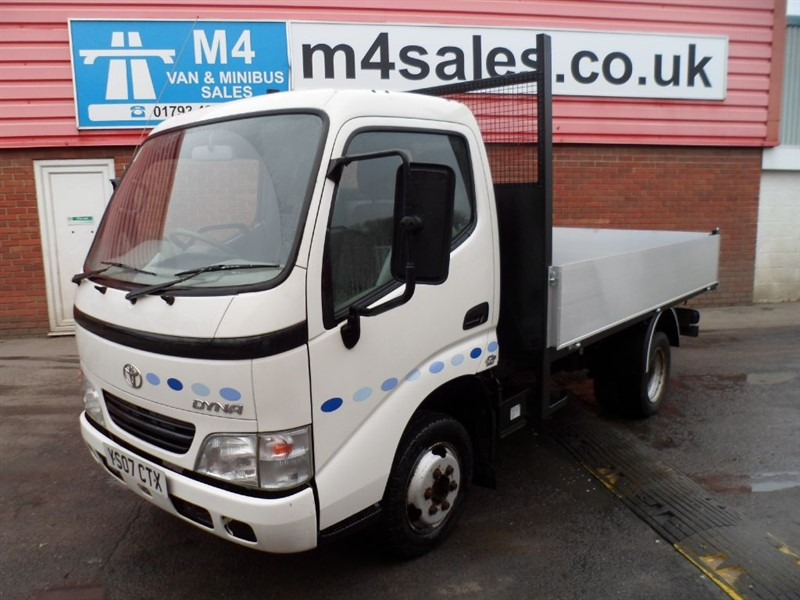 used Toyota Dyna 350 D-4D MWB tTIPPER NEW/BODY100PS in wiltshire