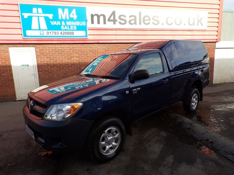 used Toyota Hilux SINGLE CAB PICK UP WITH A/C 2.5  in wiltshire