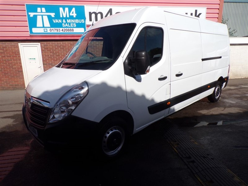 used Vauxhall Movano F3500 L3H2 CDTI LWB M/R  in wiltshire