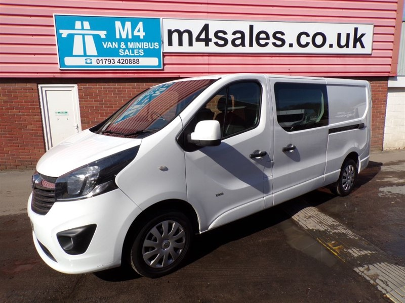 used Vauxhall Vivaro 2900 L2H1 CDTI DCB SPORTIVE 115PS WITH A/C in wiltshire