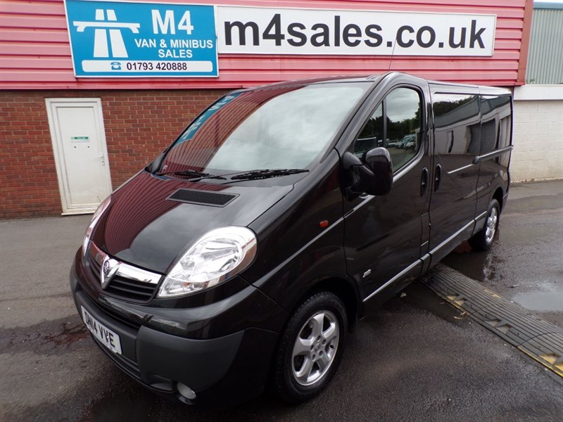 used Vauxhall Vivaro 2900 CDTI SPORTIVE LWB 115PS A/C in wiltshire