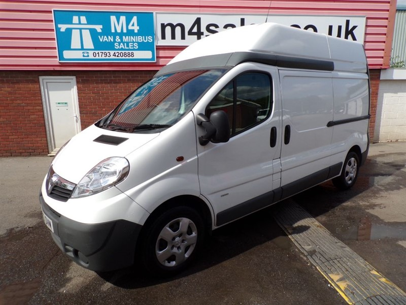 used Vauxhall Vivaro 2900 CDTI HIGHT ROOF LWB 115PS WITH A/C in wiltshire