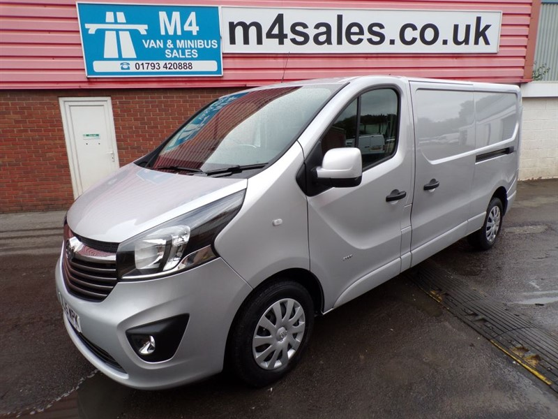used Vauxhall Vivaro 2900 L2 H1 CDTI SPORTIVE WITH A/C 115PS in wiltshire
