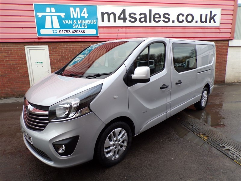 used Vauxhall Vivaro 2900 L2H1 CDTI D/C SPORTIVE 120PS A/C in wiltshire