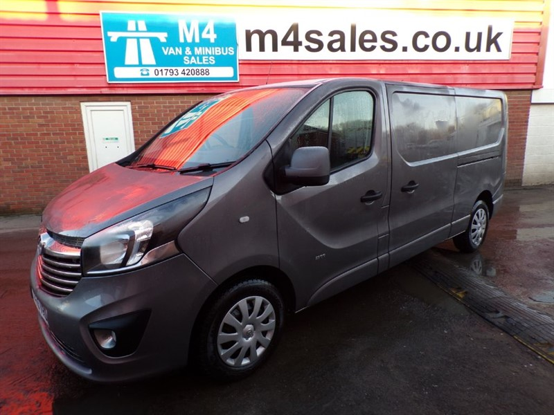 used Vauxhall Vivaro 2900 L2 H1 CDTI SPORTIVE in wiltshire