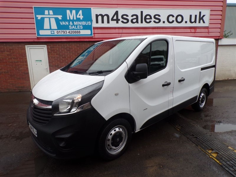 used Vauxhall Vivaro 2900 CDTI SWB L/R 115PS in wiltshire