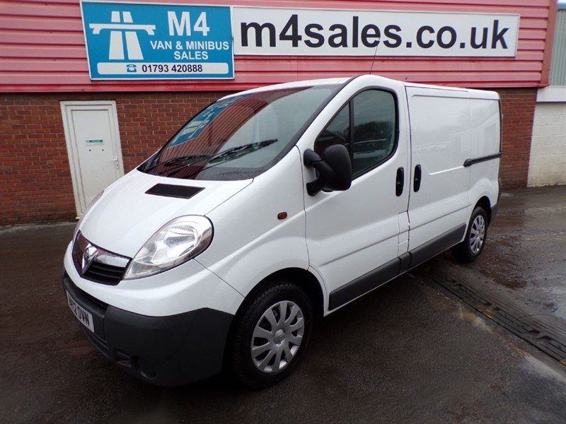 used Vauxhall Vivaro 2700 CDTI SWB A/C 115PS in wiltshire