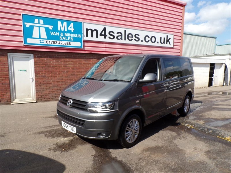 used VW Transporter T30 TDI KOMBI HIGHLINE CREWVAN 180 PSI DSG in wiltshire