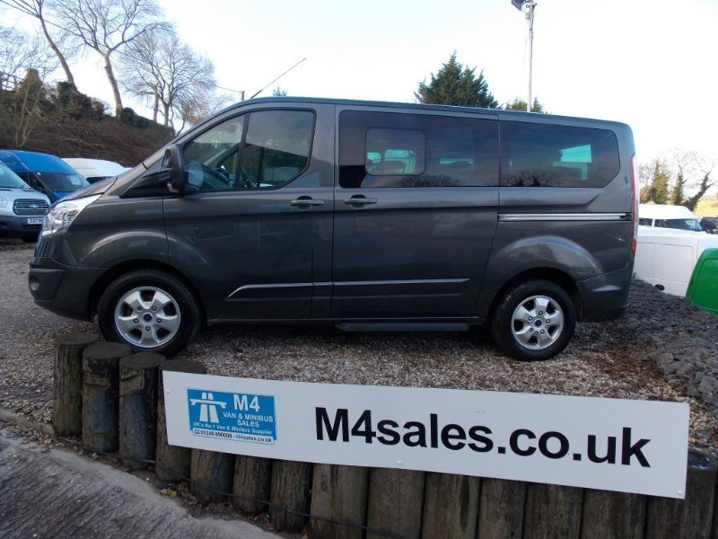 used Ford Tourneo Custom 9st Euro 6 Titanium minibus in wiltshire