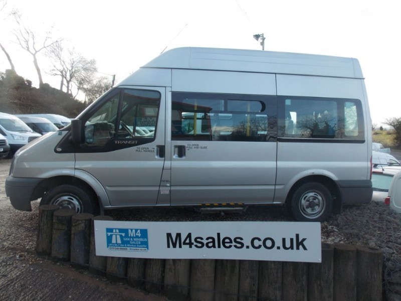 used Ford Transit 6 seat mwb wheelchair access minibus in wiltshire