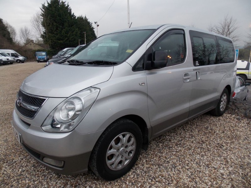 used Hyundai i800 8 seat CRDI Style, full a/c in wiltshire