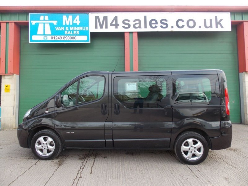 used Renault Trafic 115ps 9st Sport model.  NO VAT in wiltshire