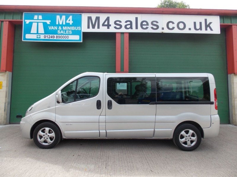 used Renault Trafic LL29 SPORT DCI LWB in wiltshire