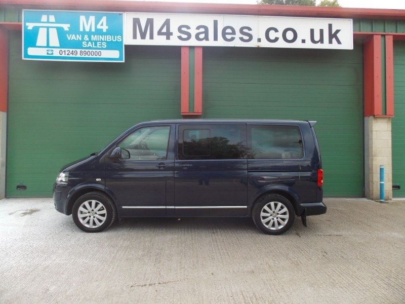 used VW Caravelle EXECUTIVE 4Motion DGS 180 Bhp Leather FSH Rock & Roll Bed in wiltshire