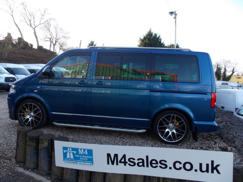 used VW Caravelle Executive 180 Bhp DSG Sat Nav & Rock & Roll Bed  in wiltshire