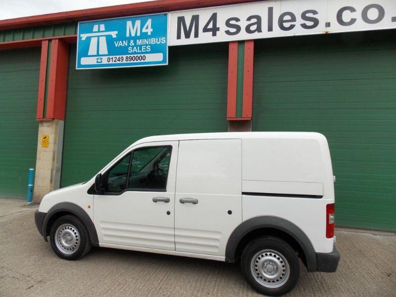 used Ford Transit Connect T200 SWB in wiltshire