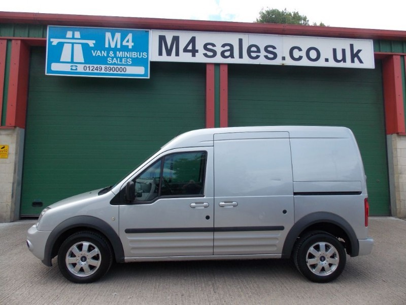 used Ford Transit Connect T230 LIMITED LWB 110PS in wiltshire