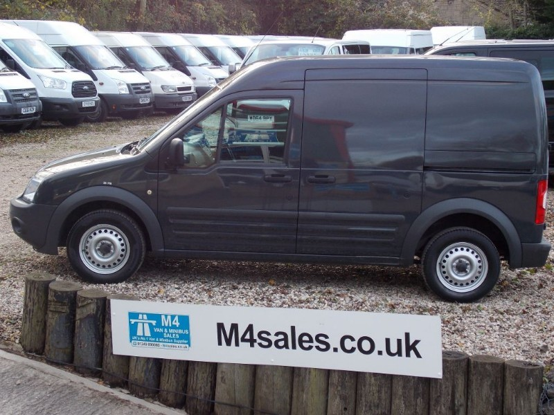 used Ford Transit Connect T230 LWB H Roof in wiltshire