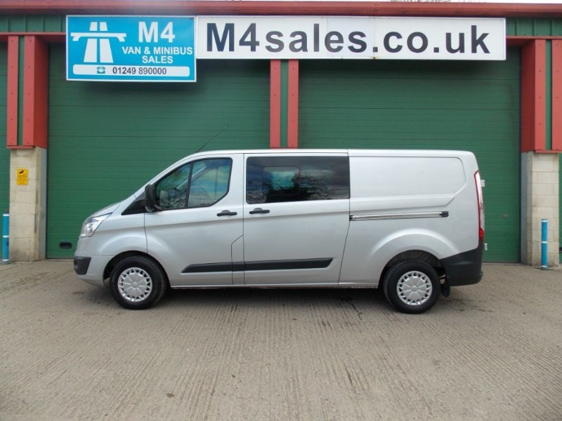used Ford Transit Custom 290 TREND L2 H1 A/C 1 Owner FSH Big Spec  in wiltshire
