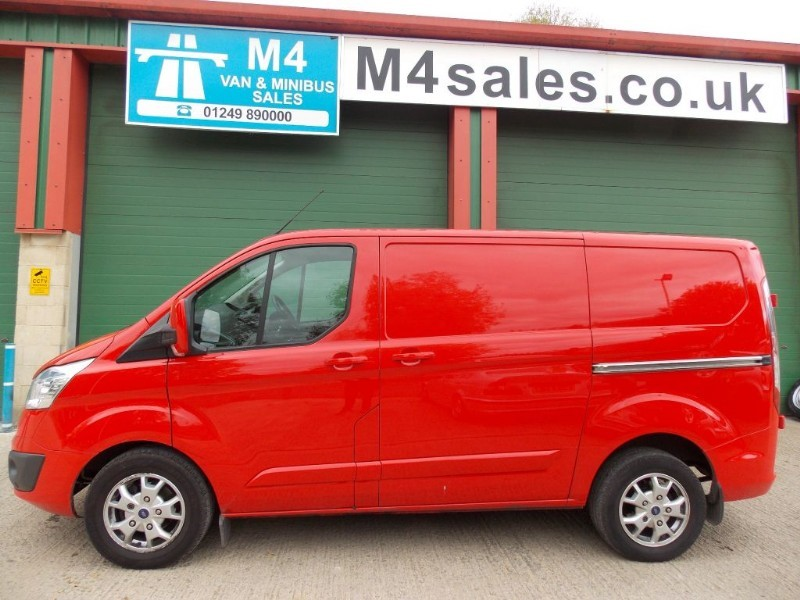 used Ford Transit Custom 270 swb ltd spec van,A/con in wiltshire