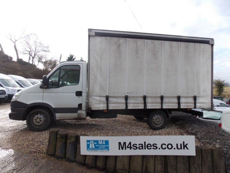used Iveco Daily 35S13,14ft+ Curtain side in wiltshire