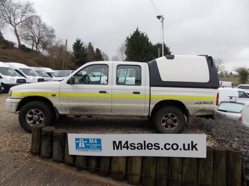 used Mazda  B2500 4X4 Doublecab 4x4 pickup.No Vat in wiltshire