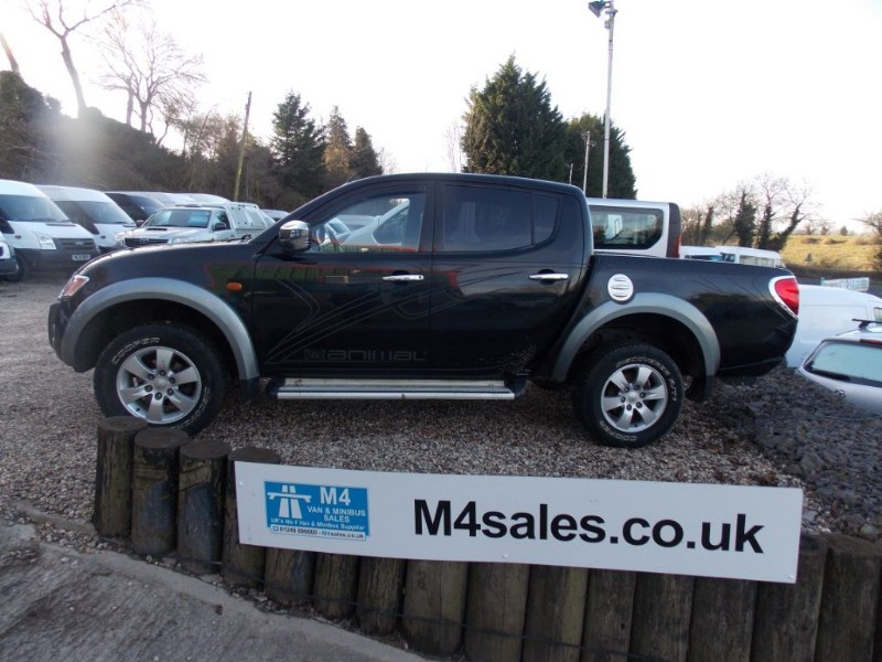 used Mitsubishi L200 ANIMAL 4x4 Automatic Leather A/C NO VAT in wiltshire