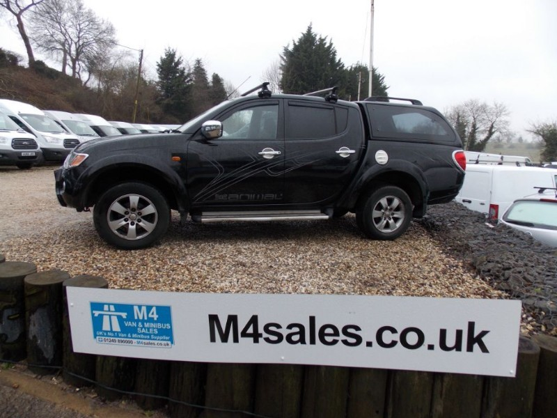 used Mitsubishi L200 ANIMAL 4x4 Double Cab No VAT Leather Sat Nav in wiltshire